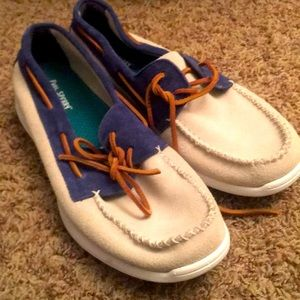 Paul Sperry upper leather